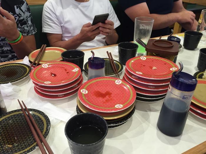 蒲郡 西浦温泉 旅行 男旅 温泉 ホテル 旅館 ランチ 蒲郡海鮮市場 はま寿司 回転寿し お寿司