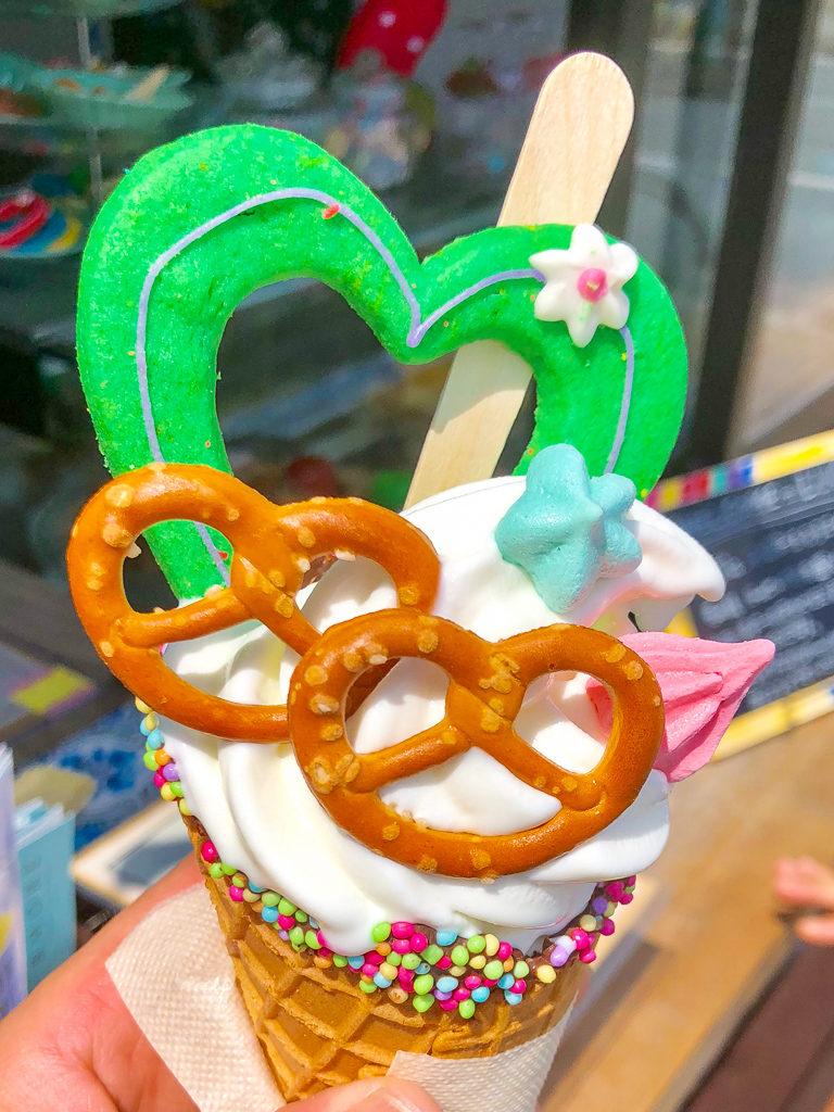 磐田 デコレーションソフトクリーム テイクアウト専門 手作りケーキ LUCY